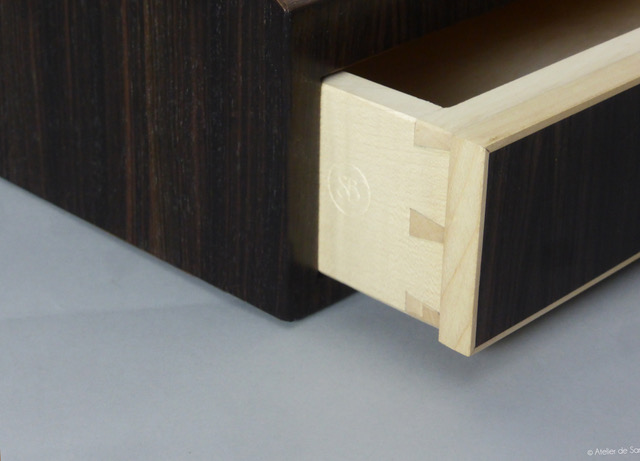 dovetailing-on-sycamore-drawer