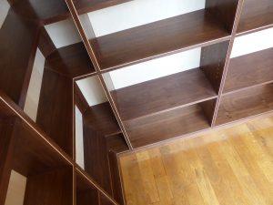 bookshelves-in-the-corner