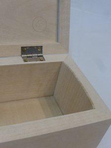 miniature-hinge