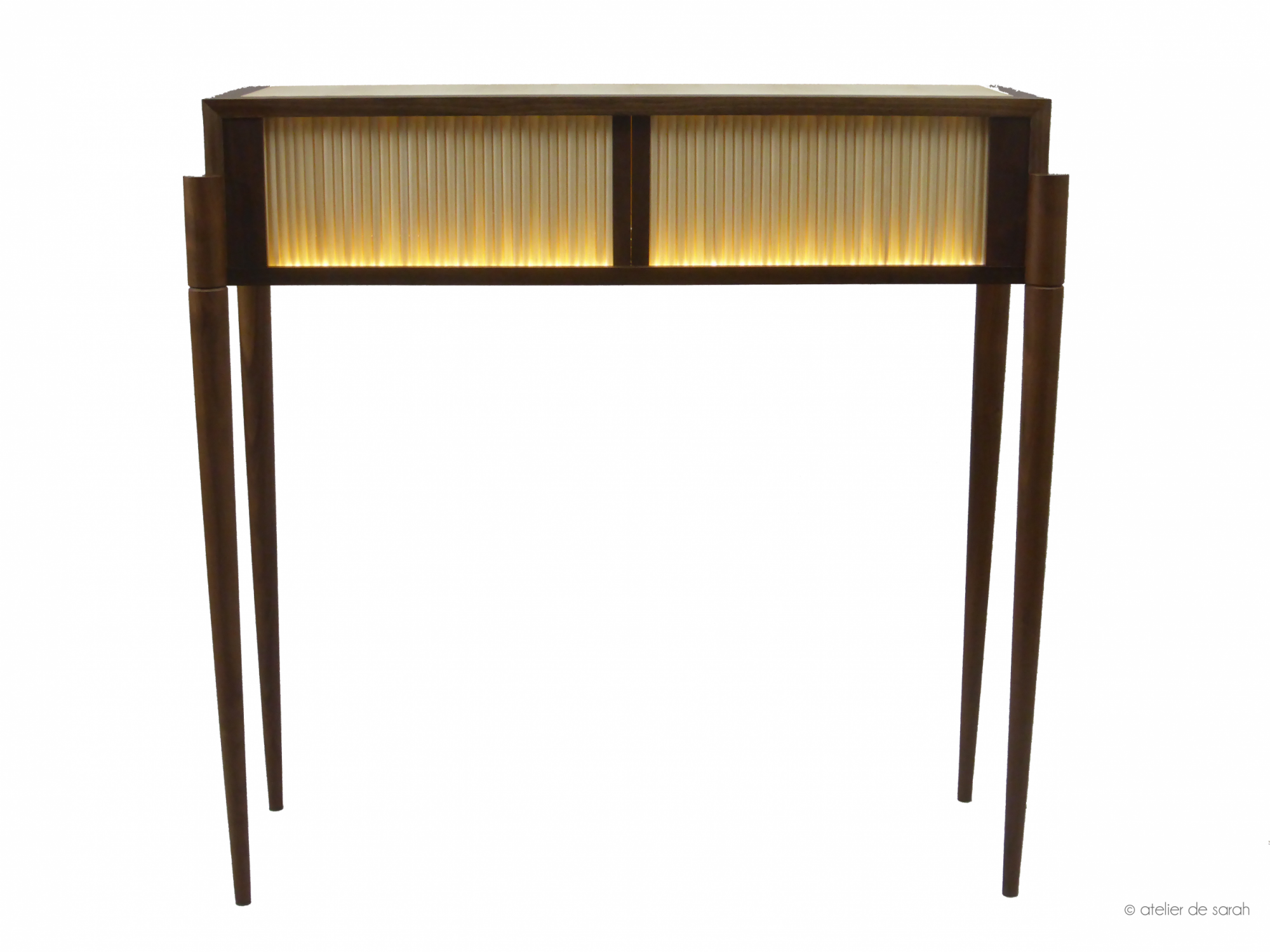 front-vue-of-Aurore-console-table-illuminated
