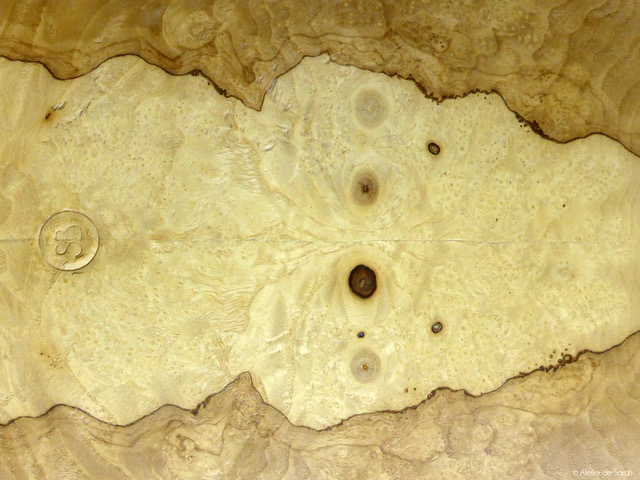 placage-interieur-loupe-frene-olivier