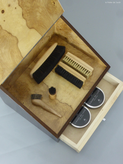 shoe-shine-case-suggestions-accessories-shoe-polishing-box-drawer-open.